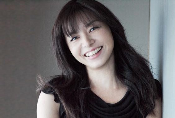 エイジレスで変わらぬ魅力の持ち主、山口智子の参考にしたい髪型集のサムネイル画像