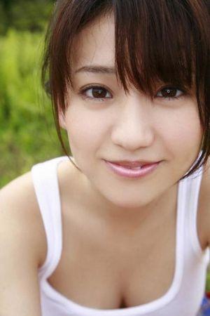 大島優子は何カップ?過激すぎる写真集が話題の大島優子の魅力とは?の画像