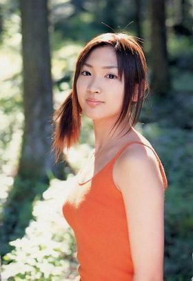 紗栄子の初期グラビアの画像