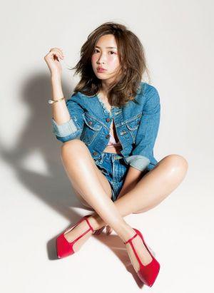 真似したい人集合!可愛すぎる紗栄子の髪型アレンジカタログの画像