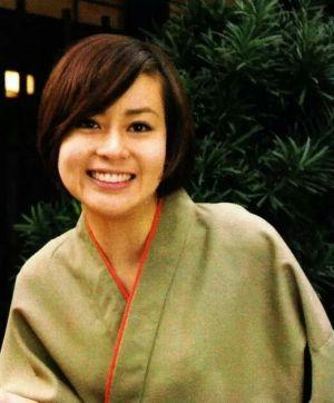 洋服が素敵な神戸みゆきさん