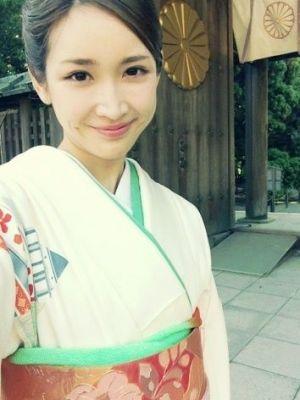 着物を着ている紗栄子の画像