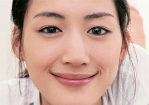 TVで見ない日はない、国民的女優、綾瀬はるかの現在の彼氏は一体誰?の画像
