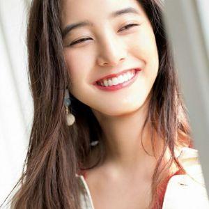 新木優子\u201d武器は笑顔\u201d!新木優子の可愛すぎる姿をご紹介します!