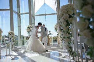 俳優の大泉洋は結婚式で色々やらかした!?結婚式と縁がある?の画像