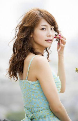 【女優・相武紗季(30)】ついに結婚か?!結婚秒読み説が浮上?!の画像