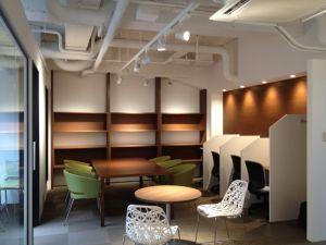 カフェで勉強や仕事をすること―新たなコンセプトのカフェの誕生―の画像