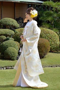 結婚式の衣装は何にする?結婚式で一番可愛い衣装を教えます!の画像