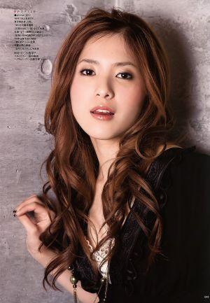 茶髪の吉高由里子の画像